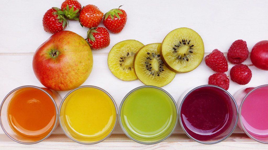 Zadbaj o swoje zdrowie. Świeżo wyciskane soki w domu